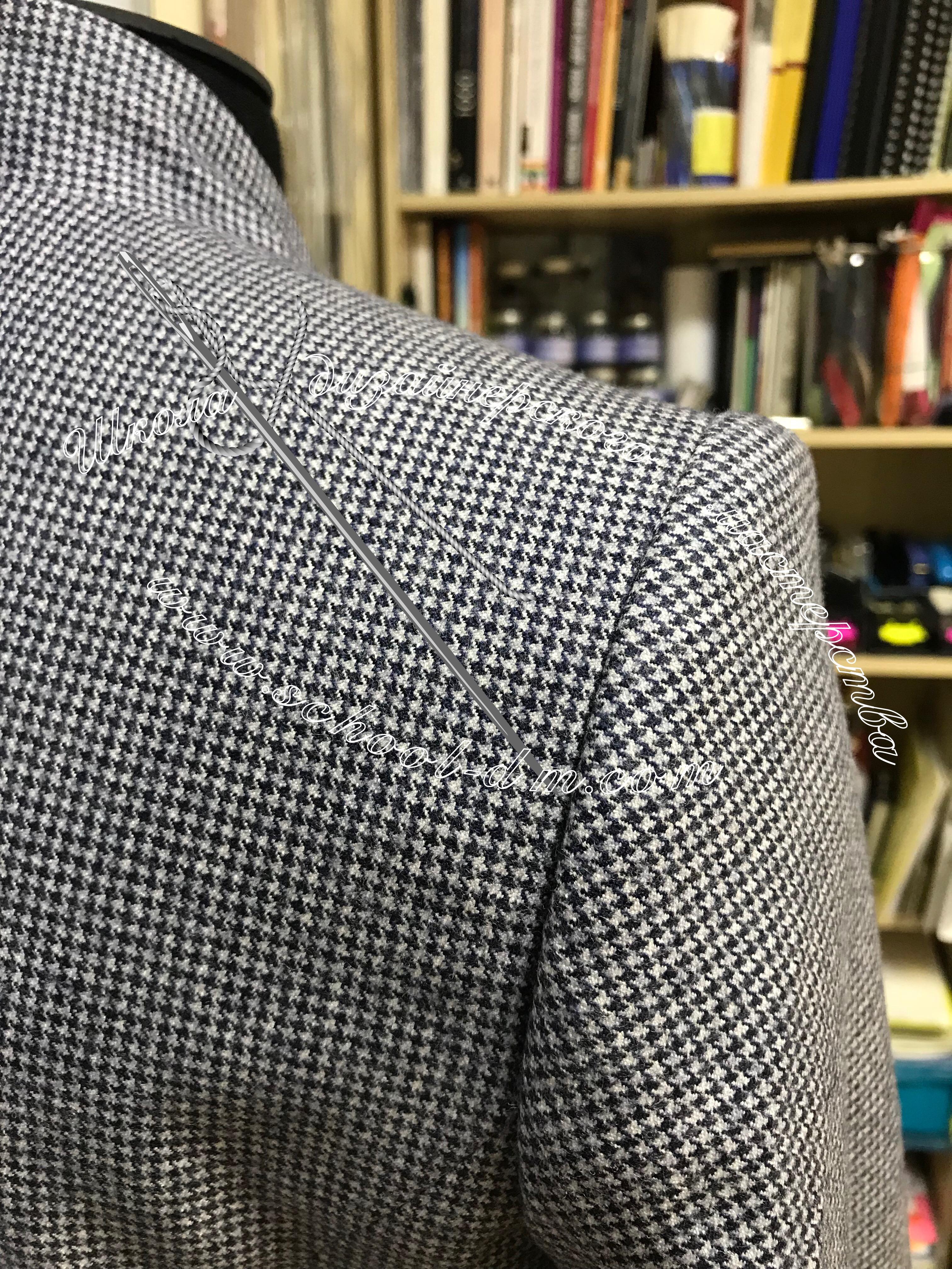 Двухшовный пиджачный рукав