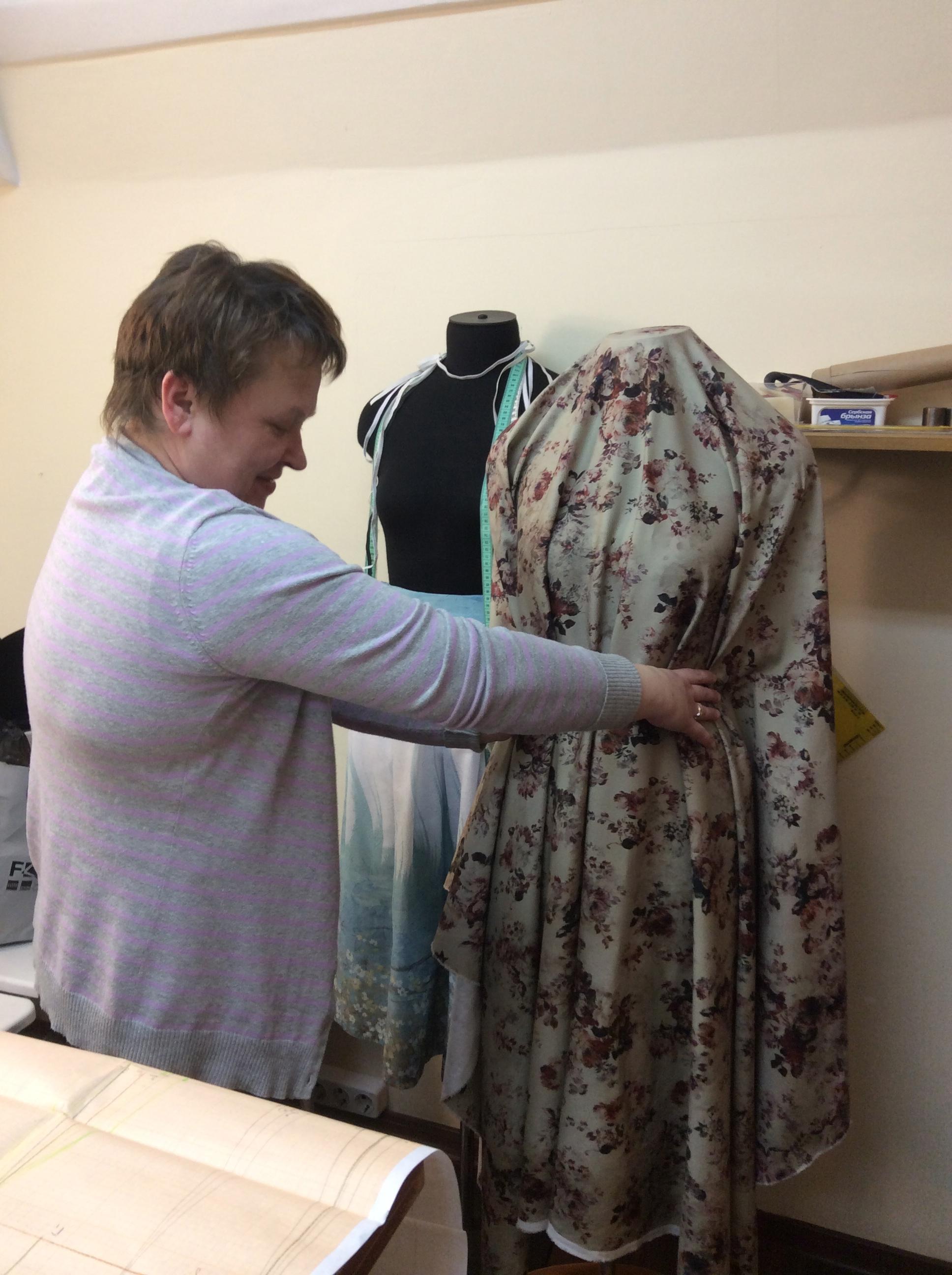 Ткань на курсах шитья Школа дизайнерского мастерства Елизаветы Добрицкой