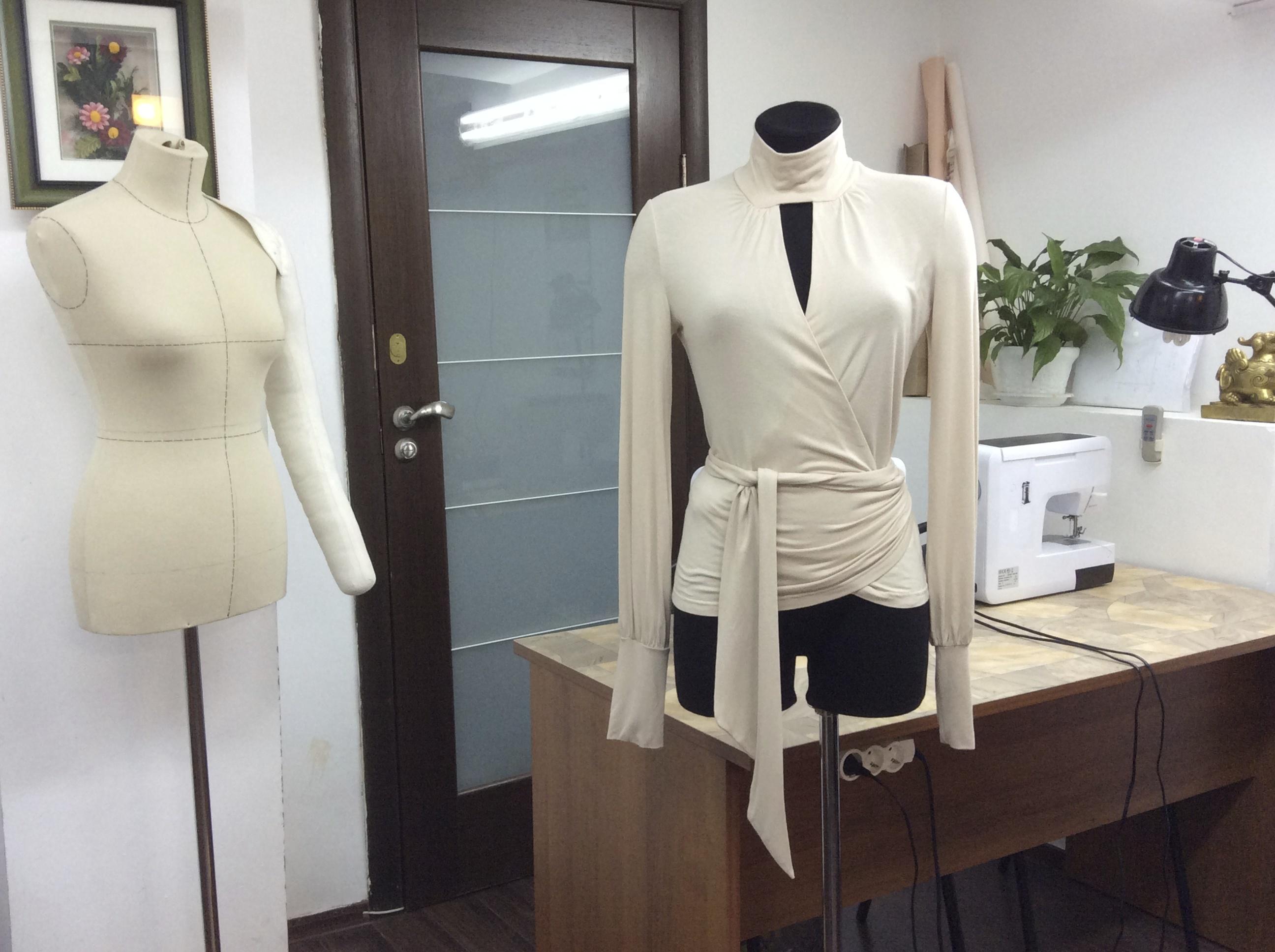 Шить трикотажную блузку на курсах Школа дизайнерского мастерства Елизаветы Добрицкой