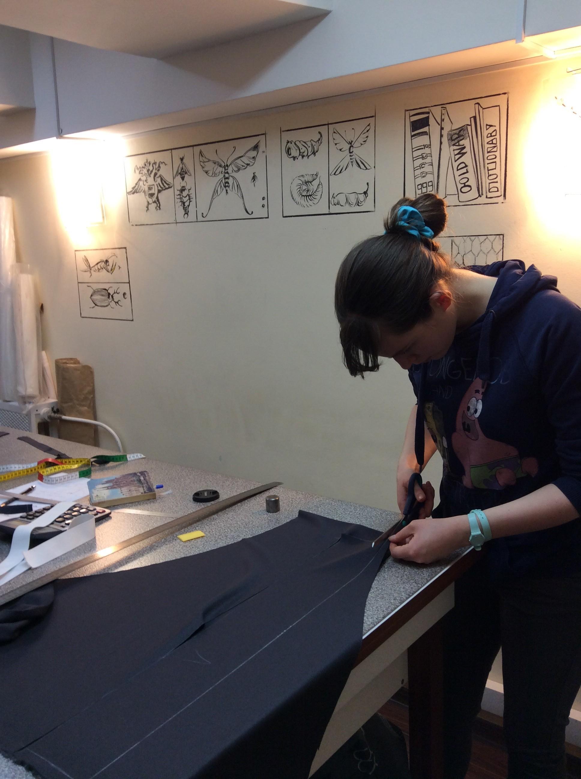 Крой юбки на курсах Школа дизайнерского мастерства Елизаветы Добрицкой