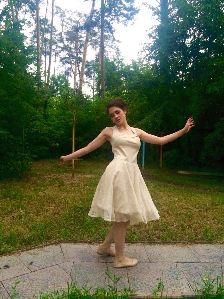 Анна Ольховик сшила платье в Школе Елизаветы Добрицкой