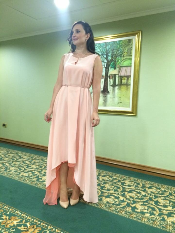 Платье сшито в Школе дизайнерского мастерства Елизаветы Добрицкой